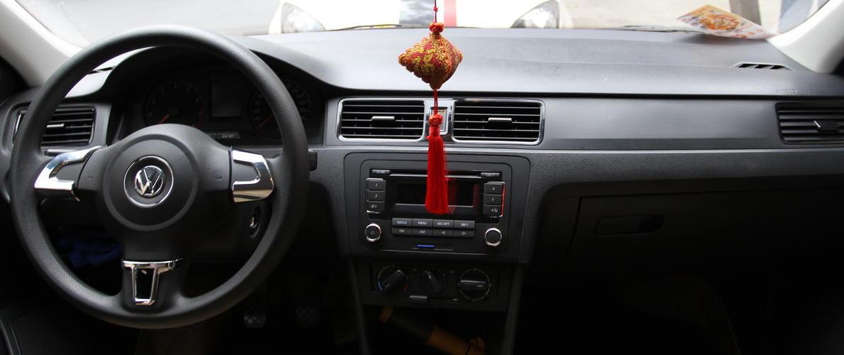 普桑塔纳汽车仪表盘指示灯图解
