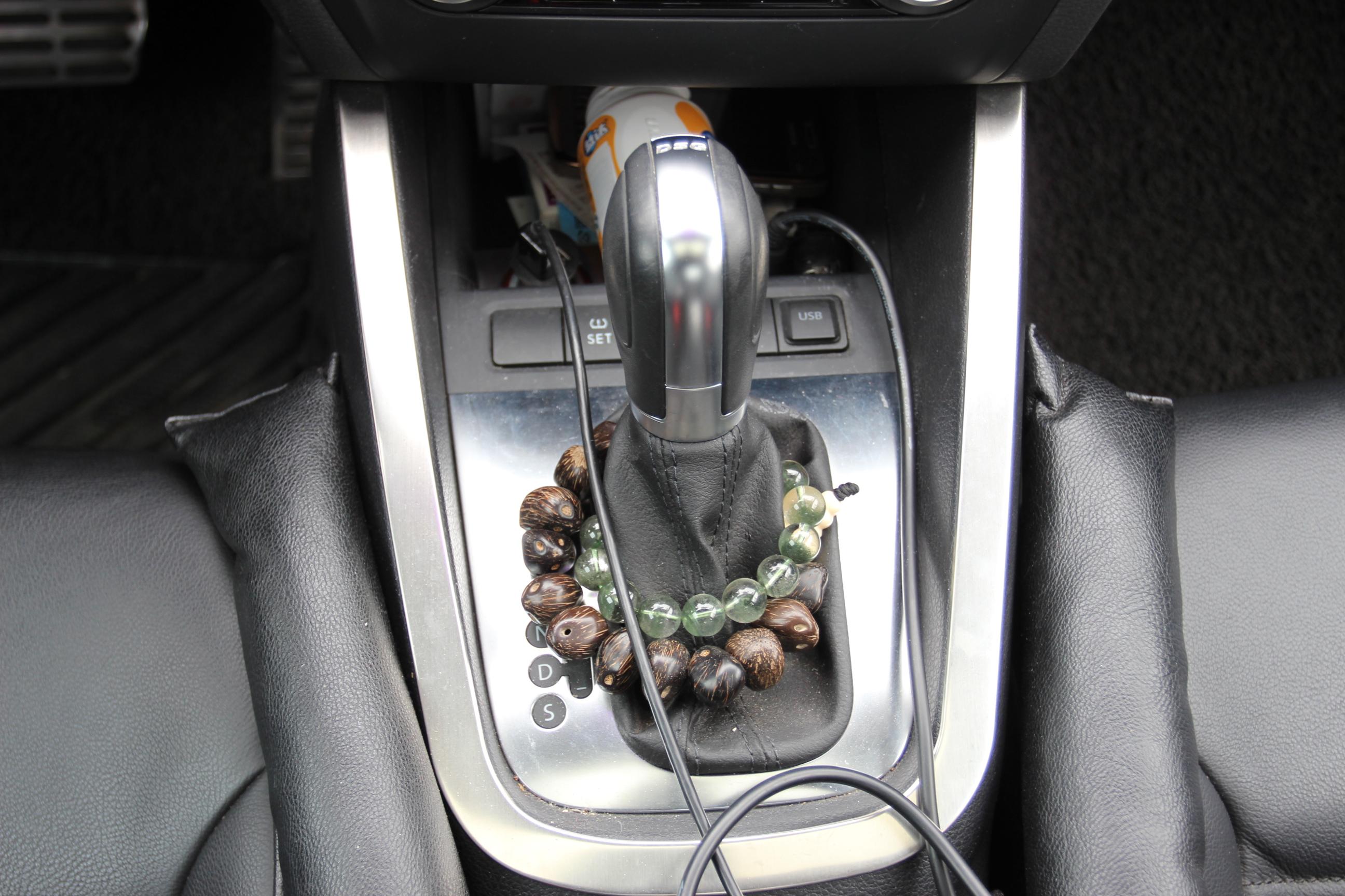 速腾汽车中控锁电路图