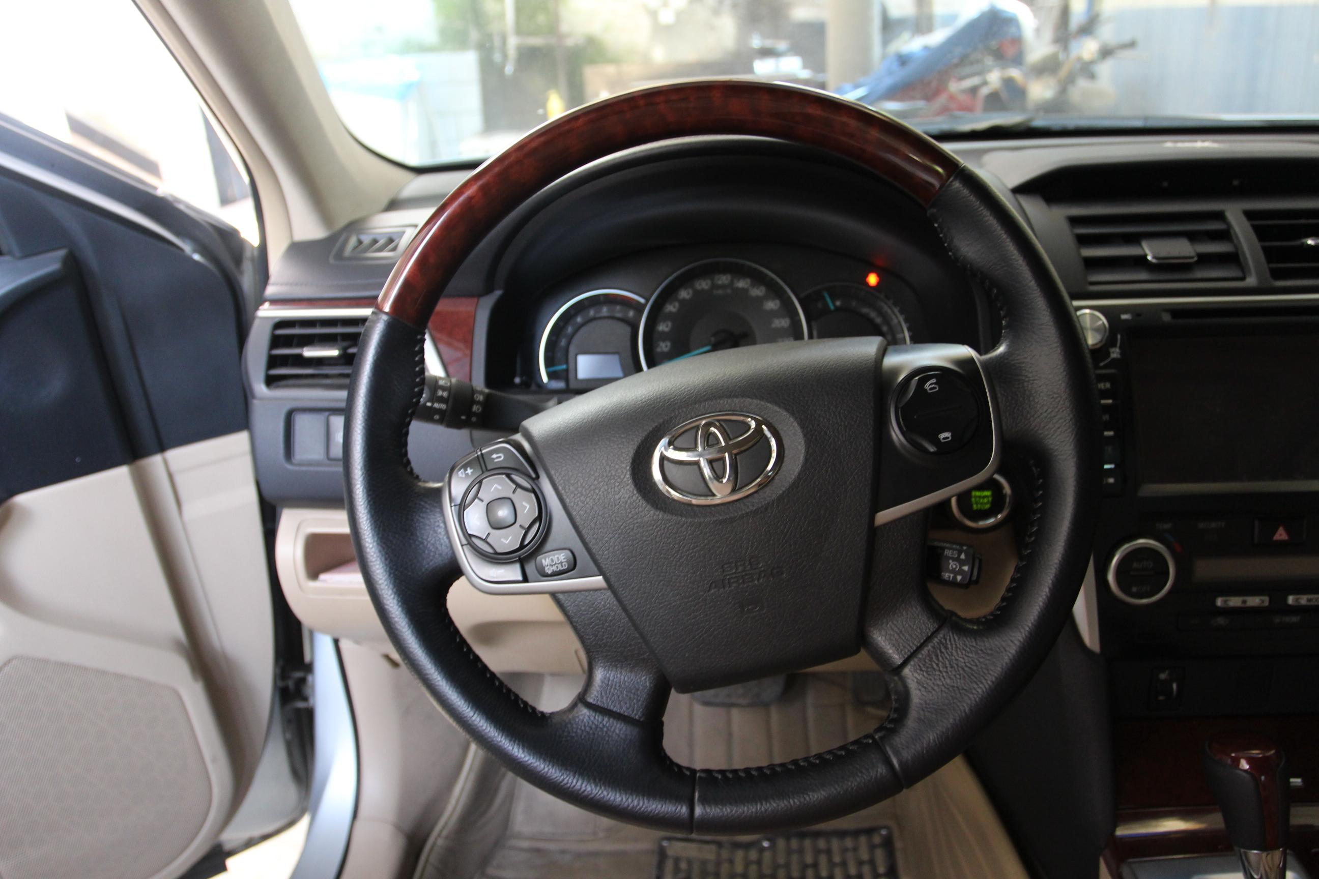 丰田-凯美瑞 2012款 2.5g 自动 豪华版